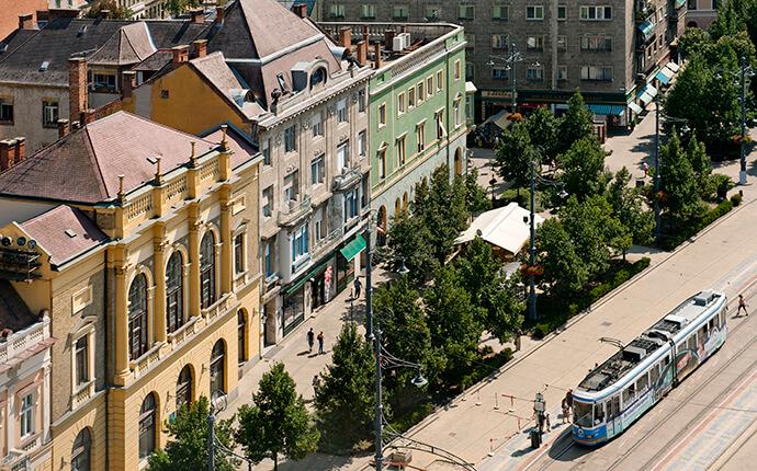 piac-street